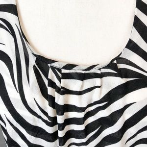 Chicos Double Layer Mesh Knit Zebra Top sz 2